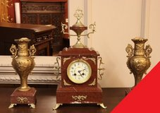 Freddy's - Antique clock set in Grafenwoehr, GE