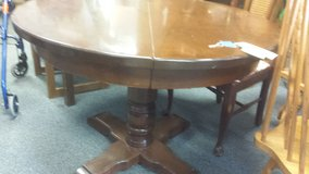 Round Wood Pedastal Table in Naperville, Illinois