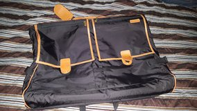 **JUST REDUCED **Hartmann black with leather trim deluxe garment bag in Conroe, Texas