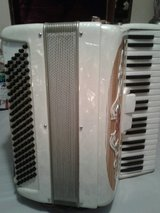 Pearl Francini Piano Accordion-Mint Condition in Camp Lejeune, North Carolina