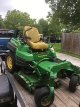 commercial grade 920, John Deere zero turn mower in Wilmington, North Carolina
