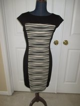 dressbarn womens dress Size 8 Black and Beige Knee Length New without tags in Plainfield, Illinois