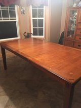 Slumberland table, leaf, 8 chairs in Fort Leonard Wood, Missouri
