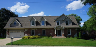 4 Bedroom Home in Geneva Schools!!! in Bartlett, Illinois