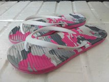 Flip Flops and Shoes! (Reduced!) in Alvin, Texas