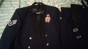 Men's Mess Dress- New Condition- Worn Once in Luke AFB, Arizona