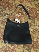 GUESS purse in Aurora, Illinois