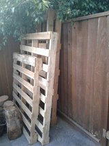 4 Pallets in Travis AFB, California