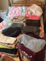 Pants, capris and shorts - size 20 in Fort Campbell, Kentucky