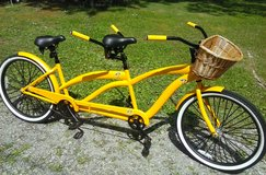 Yellow tandum bicycle in Clarksville, Tennessee