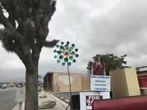 Kinetic yard spinner in 29 Palms, California