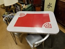 MID CENTURY Modern Atomic formica top 4' x 3' dinette table hairpin in Naperville, Illinois