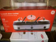 GE 3 Crock Slow Cooker NEW!! in Schaumburg, Illinois