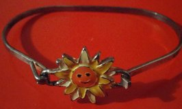 FUN IN THE SUN BRACELET in Yorkville, Illinois