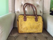 Ann Klein Satchel /purse ( gently used) perfect for fall. Has the cross body strap inside. in Naperville, Illinois