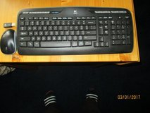 Dell wireless keyboard and mouse in Fort Knox, Kentucky