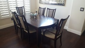 6 Piece Dining Room Set. in Lake Elsinore, California