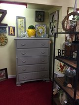 Dresser and all decor for sale in Fort Polk, Louisiana