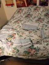 Full sized floral comforter bedding set in Fort Irwin, California