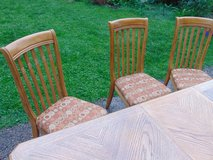 Nice Sturdy Dining Table, 5 Chair Set in Joliet, Illinois