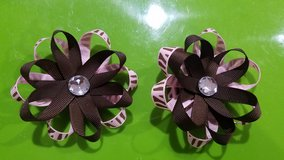 Taking Orders On Handmade Flower Hair Bows in Fort Campbell, Kentucky