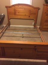 Broyhill Queen Bed in Fort Campbell, Kentucky