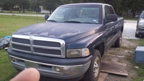 2000 dodge ram laramie 1500 in Baytown, Texas