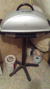 George Foreman Indoor Outdoor Grill w Stand in Warner Robins, Georgia