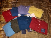 4 small mens polos, 2 boys large in Byron, Georgia