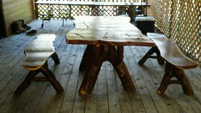Mesquite table set in Spring, Texas