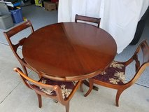 VINTAGE 1965 DREXEL KITCHEN TABLE in Lake Elsinore, California