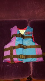 Child ski vest  boating vest life jacket in Naperville, Illinois