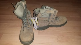 Men's 9.5R Military Boot *BRAND NEW* in Ramstein, Germany