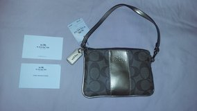 Coach wristlet new with tag in Fort Campbell, Kentucky