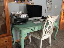 Desk and chair in Beaufort, South Carolina