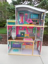 NEW LOWER PRICE - Kid Kraft TALL Doll House w/elevator in Chicago, Illinois