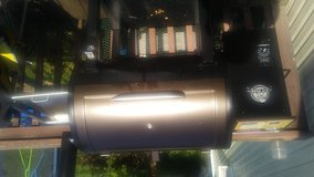 Wood Pellet Grill in Fort Campbell, Kentucky