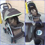 Graco Stroller with comfort tracker in Temecula, California