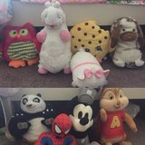 Big plush toys for boys boys and girls in Lake Elsinore, California