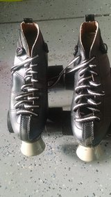 Roller skates size 5 excellent condition in Camp Lejeune, North Carolina