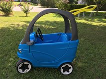 Little Tikes car in excellent condition in Camp Lejeune, North Carolina