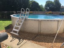 24ft above ground Pool in Fort Campbell, Kentucky