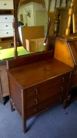 Oak dressing table/ chest of drawers in Lakenheath, UK