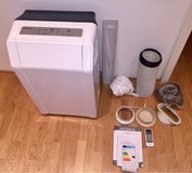 Mobile air conditioner by Comfee 12000 btu in Stuttgart, GE