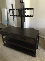 Tv stand in Fort Rucker, Alabama