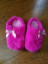 Girls Pink Fuzzy Slippers, Size 13-1 in Fort Campbell, Kentucky
