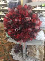 red and black mesh wreath in Fort Bragg, North Carolina