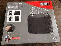 Weber Grill Cover in Glendale Heights, Illinois