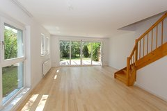 Pet friendly small Home with large Garage in Holzgerlingen / close to Panzer and Patch in Stuttgart, GE