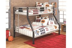 ASHLEY TWIN/FULL DISMORE BUNK BED in Schofield Barracks, Hawaii
